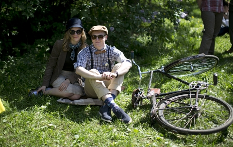 The need for tweed: riding through Moscow with the city's best-dressed cyclists